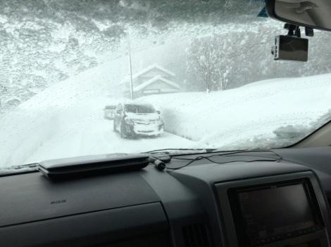 最悪、死に至ることも…。大雪で立ち往生した場合の注意点を紹介する