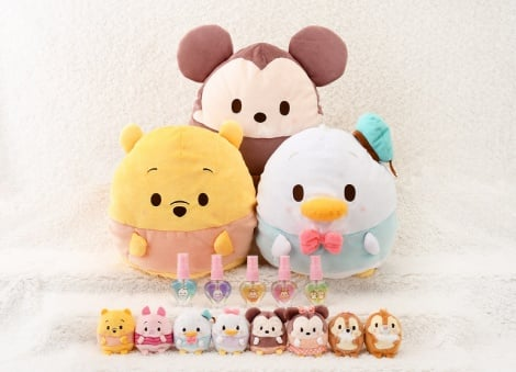 "ディズニーの""癒し系""ぬいぐるみ「ウフフィ」に新サイズ登場(C)Disney (C)DISNEY. BaSed on the ""Winnie the Pooh"" workS by A.A.Milne and E.H. Shepard."