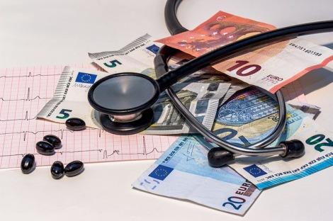 """「海外留学保険」の必要性とは? """"高額医療費""""が発生した事例も紹介する"""