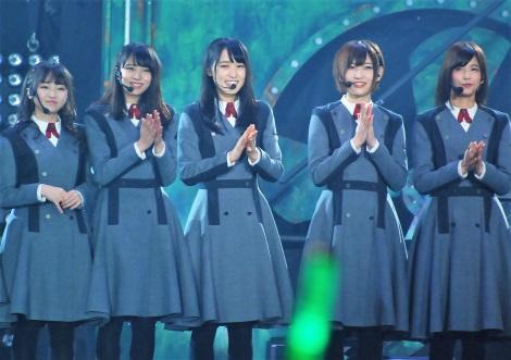 (左から)今泉佑唯、小林由依、菅井友香、志田愛佳