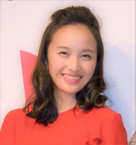 『エイボン女性年度賞2016』授賞式に出席したももいろクローバーZ・百田夏菜子 (C)ORICON NewS inc.