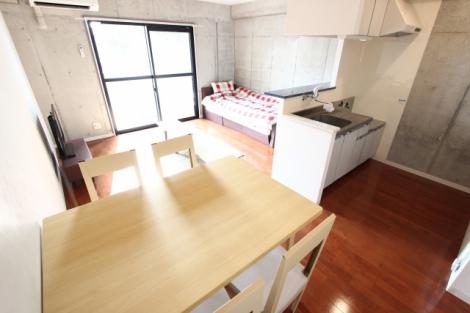 家賃や生活費を節約できるルームシェア。快適に過ごすポイントを5つ紹介する