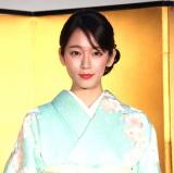 自身で選んだ京友禅の着物姿で登場した吉岡里帆 (C)ORICON NewS inc.
