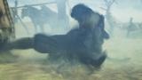 NHK・大河ファンタジー『精霊の守り人 悲しき破壊神』第3回より。動きが激しすぎてもはや何が映っているのかよくわかりませんが、綾瀬はるかのアクションシーンです(C)NHK