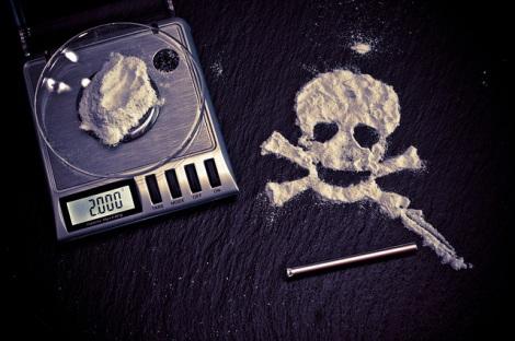 """海外留学中に""""危険薬物""""を勧められたら? 身の守り方を紹介する"""