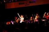 デビュー曲「センチメンタル・ジャーニー」も Photo by 藤原萌