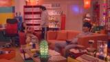 日本テレビ・Huluのシチュエーションコメディー『住住(すむすむ)』4話ではバカリズムの部屋が登場 (C)日本テレビ