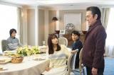 二科家に招かれた浩一は、興三(市村正親)と隆(藤木直人)から過去について詮索されるが…(C)関西テレビ
