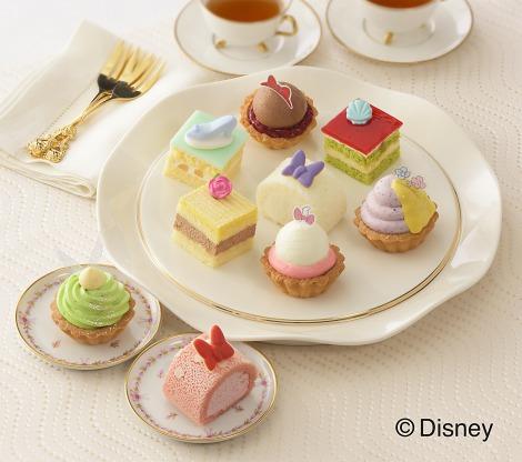 サムネイル 宝石みたいなかわいさ! ディズニーコラボの「ひなまつり」ケーキが登場