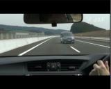 高速道路上で逆走車に遭遇した状況の再現映像