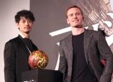 (左から)斎藤工、マイケル・ファスベンダー (C)ORICON NewS inc.