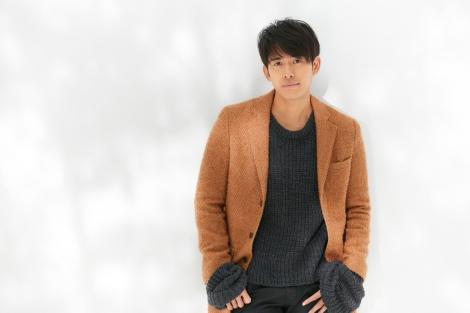 テレビ朝日系ドラマ『科捜研の女』主題歌「シャイン」を歌う韓国出身のシンガー・ソングライター、K