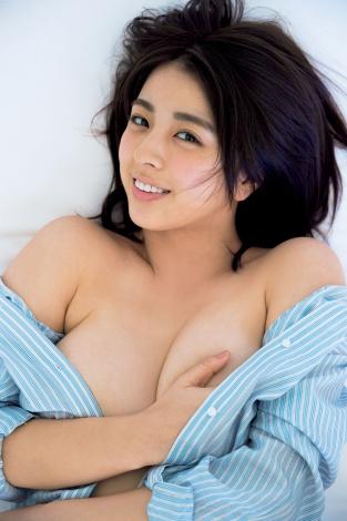 セクシーショットに挑戦した柳ゆり菜2nd写真集『ひみつ』(C)撮影:唐木貴央