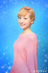 3月4日放送のフジテレビ系特別番組『アナ雪が100倍楽しくなる!!ディズニーの知られざる秘密スペシャル』『アナと雪の女王』ナビゲーターの神田沙也加