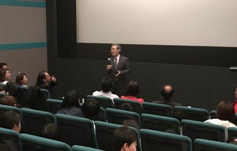 2月18日に『ルドルフとイッパイアッテナ』特別上映の舞台あいさつに登場した斉藤洋氏