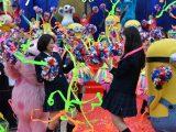 映画『チア☆ダン』(3月11日公開)とのコラボで1日限りダンスを披露した広瀬すずと中条あやみ