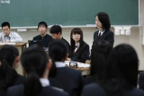 """乃木坂46メンバーが""""転校生""""として高校に一日体験入学。『乃木坂46のガクたび!』2月26日、NHK・BSプレミアムで放送(C)NHK"""