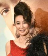 ゴージャスな赤いドレスの萬田久子=映画『素晴らしきかな、人生』公開直前イベント (C)ORICON NewS inc.
