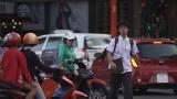 テレビ東京系『 ハノイ発夜行バス、南下してホーチミン-ベトナム1800キロ縦断旅』2月26日放送。主演は滝藤賢一(C)テレビ東京