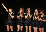 SKE48レギュラー番組決定に喜ぶ(左から)北川綾巴、松井珠理奈ら(C)AKS