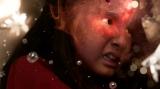NHK総合・大河ファンタジー『精霊の守り人 悲しき破壊神』第7回より。破壊神を降臨させようとするアスラ(鈴木梨央)(C)NHK