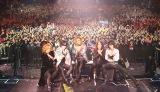 英ウェンブリー・アリーナ公演を成功させたX JAPAN(左からSUGIZO、Toshl、YOSHIKI、PATA、HEATH)