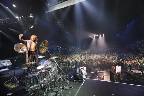 『X JAPAN LIVE 2017 at the WEMBLEY Arena in LONDON』より