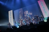 HKT48の「スキ!スキ!スキップ!」を披露した欅坂46=『つぶやきFES 博欅場所〜GUM ROCK FES2〜』の模様