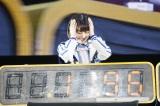 「10秒対決」に敗れて頭を抱えるHKT48宮脇咲良
