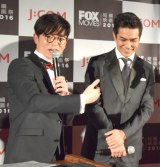 『FOXムービー 短編映画祭2016』授賞式でBL共演を希望したオリエンタルラジオの藤森慎吾と北村一輝 (C)ORICON NewS inc.