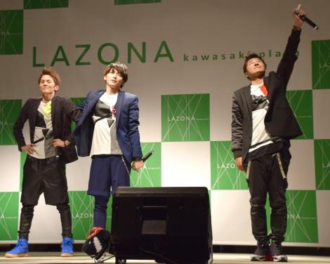 27thシングル「トーキョーフィーバー」の発売記念フリーライブを行ったLead (C)ORICON NewS inc.