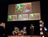 ゲームをプレイ=ニンテンドー3DSソフト『モンスターハンターダブルクロス』完成発表会 (C)ORICON NewS inc.