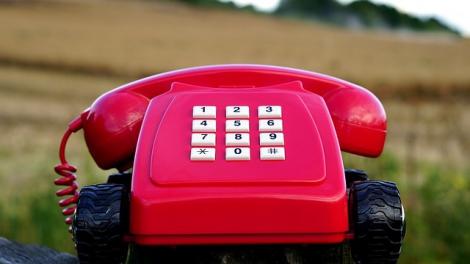 間違えやすい「年号」「数式」「電話番号」の英語の読み方を紹介する