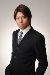 4月スタートのオリジナルテレビアニメ『正解するカド』各話冒頭ナレーションを担当する上川隆也
