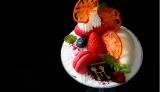 『愛知県産フルーツトマトとはちみつのパフェ』(税込1300円)