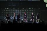 女性アーティスト限定ライブイベント『CDTV GIRLS FES』に出演したFlower(C)TBS
