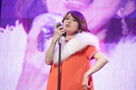 1万人の観客を前に産休入りを報告した松丸友紀アナ (C)テレビ東京