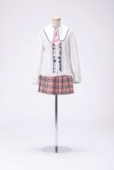 「PARTYが始まるよ」衣装 (C)AKS/TAKARAJIMASHA