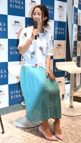 セレクトストア『HINKA RINKA』の1周年記念トークショーに出席した前田有紀さん (C)ORICON NewS inc.