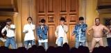 5thシングル「出会いあいして」のリリース記念イベントを開催したMYNAMEととにかく明るい安村(右) (C)ORICON NewS inc.