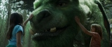 全身モフモフの毛に覆われたビジュアルにも注目 (C)2017 Disney