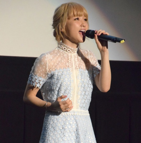 生歌を披露したDream Ami=映画『ひるなかの流星』大ヒット御礼舞台あいさつ (C)ORICON NewS inc.