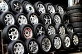 """タイヤはなぜ""""黒ばかり""""?カラータイヤ普及の可能性についても探ってみた"""