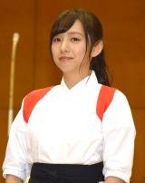 舞台『あさひなぐ』高校薙刀(なぎなた)部サプライズ訪問イベントに登場した新内眞衣