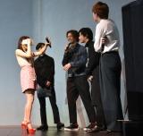 VR体験中=映画『兄に愛されすぎて困ってます』のイベント (C)ORICON NewS inc.