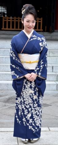 30周年記念シングル「わすれ花」のヒット祈願を行った香西かおり (C)ORICON NewS inc.