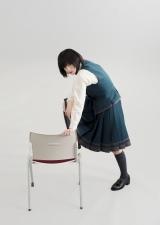 欅坂46の主演連続ドラマ『残酷な客観達』に出演する平手友梨奈 (C)「残酷な観客達」製作委員会