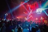 Zepp Tokyoで開催された『LET IT DIE』のライブイベント「LET IT FES」の様子。MY FIRST STORYほか、曲制作を担当した6組のアーティストが出演した