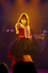 「シュートサイン」=AKB48 小嶋陽菜卒業公演より(C)AKS
