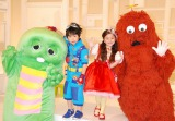 史上最年少MCに抜擢された鈴木福(中央左)と谷花音(中央右)とガチャピン&ムック (C)ORICON DD inc.